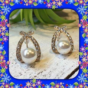 Jewelry - 🆕 Bow Hoop Rhinestone Pearl Earrings